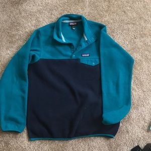 Patagonia women's lightweight synchilla pull over
